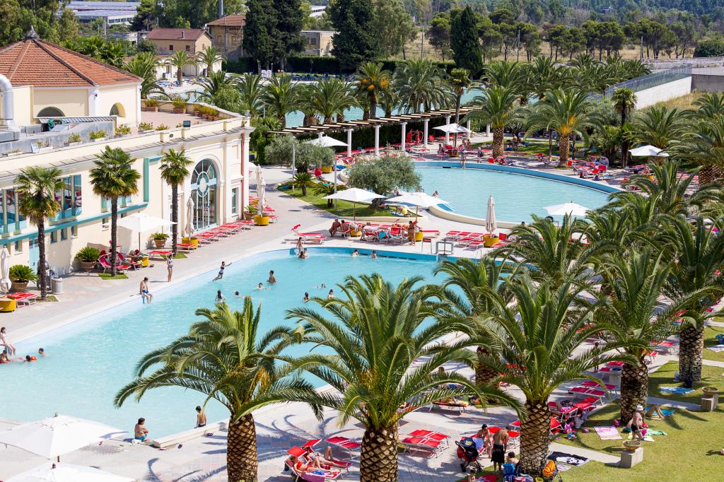 Apertura del parco piscine alle Terme di Roma - Visit Tivoli