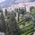 Villa_d'Este_garden_and_Tivoli
